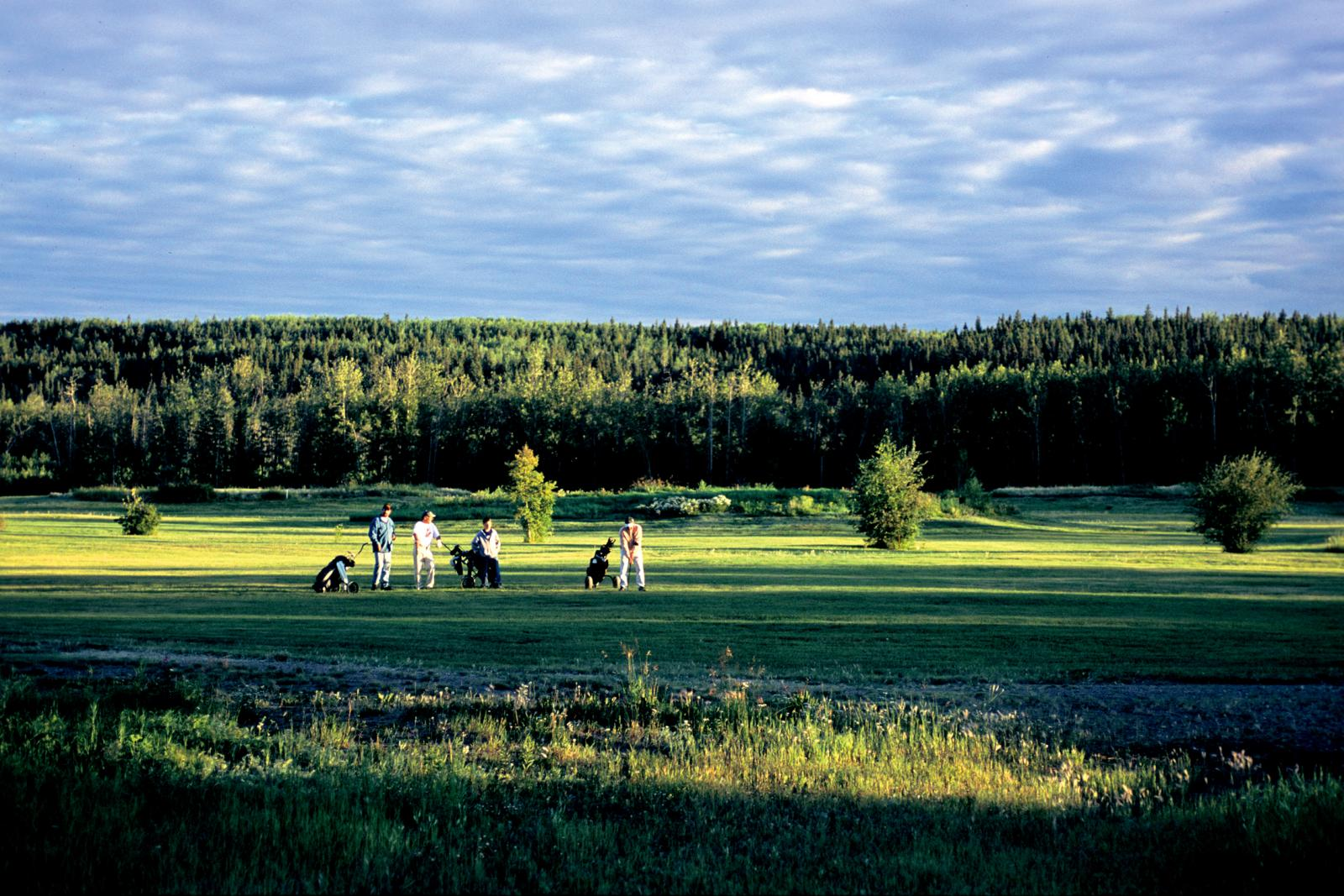Hay River Golf Club and Campground | Spectacular Northwest ...