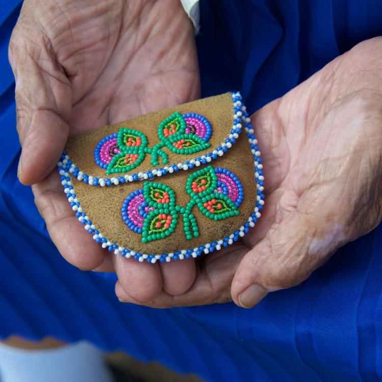Beaded rosary purse Dene crafts