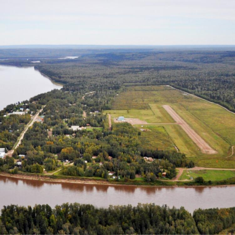 Ariel view of Fort Liard and river