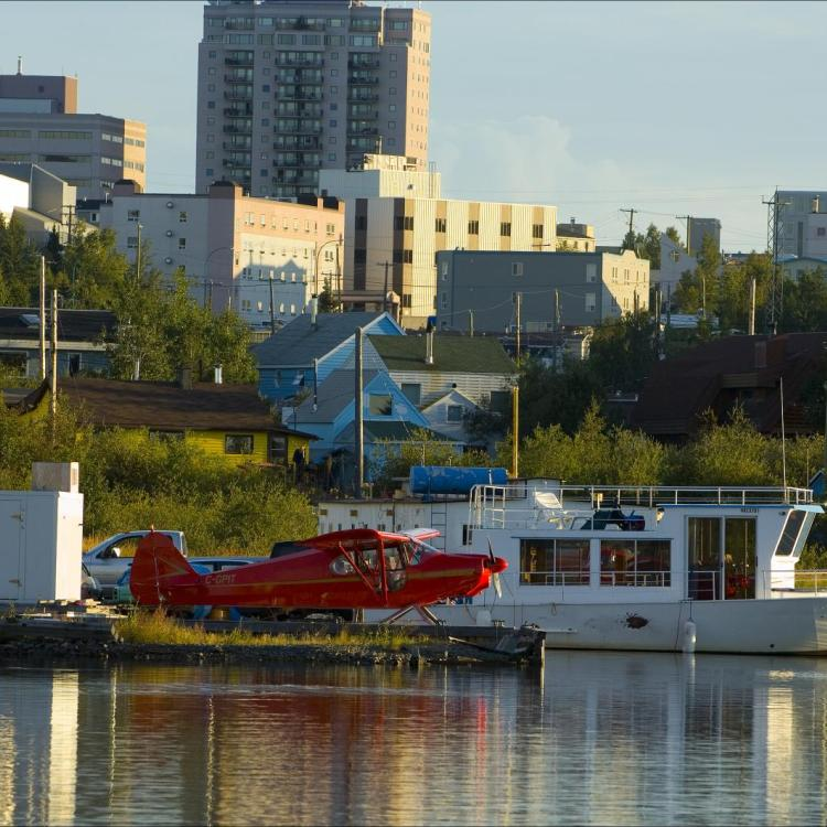 Float plane sitting in Yellowknife's back bay