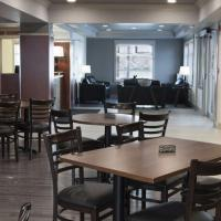 The main lobby with many tables and chairs in the Slave lake Inn Yellowknife.