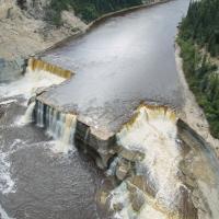 Lousie falls in the Northwest territories