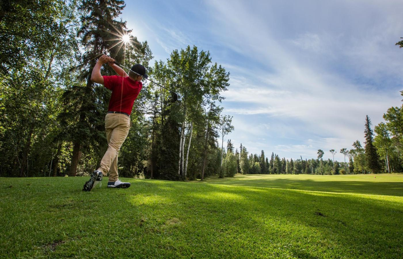 hay river golf course