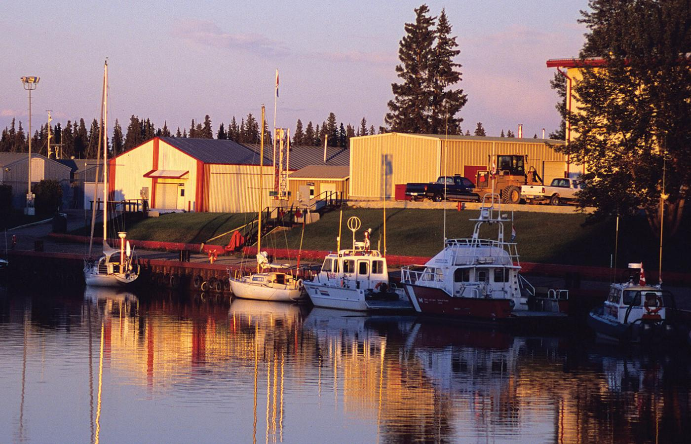 Boats on the water in Hay River