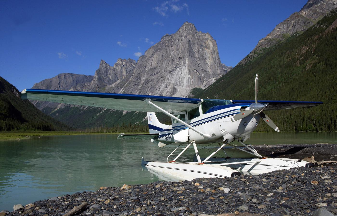 Float plane in the Nahanni
