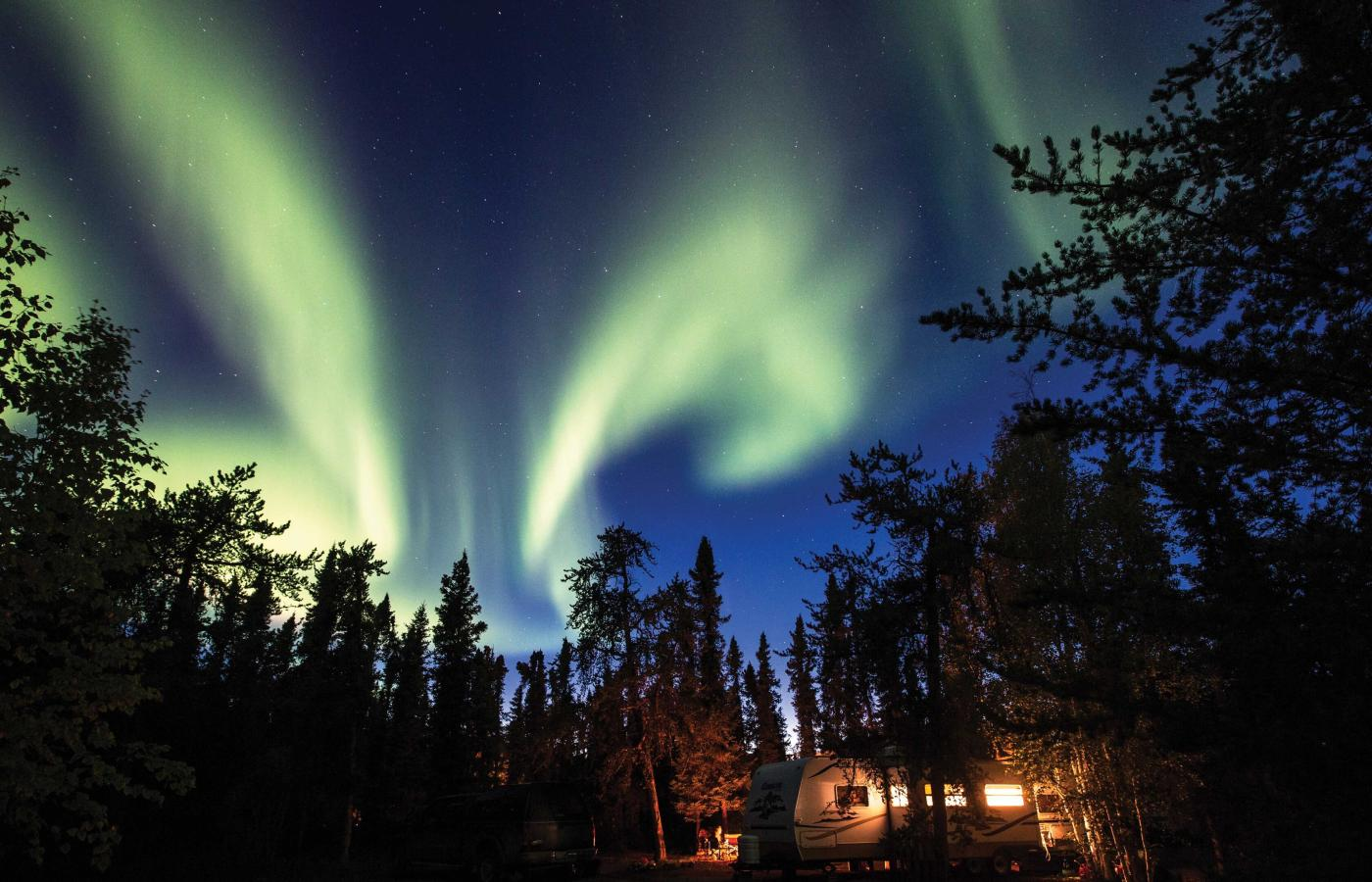Aurora borealis in the fall in the Northwest Territories