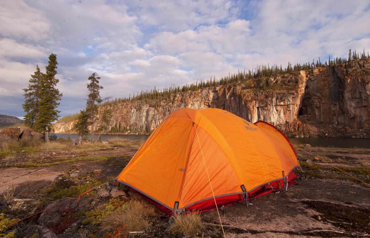 Explore the areas around Thaidene Nëné in the East Arm of Great Slave Lake in Canada's Northwest Territories