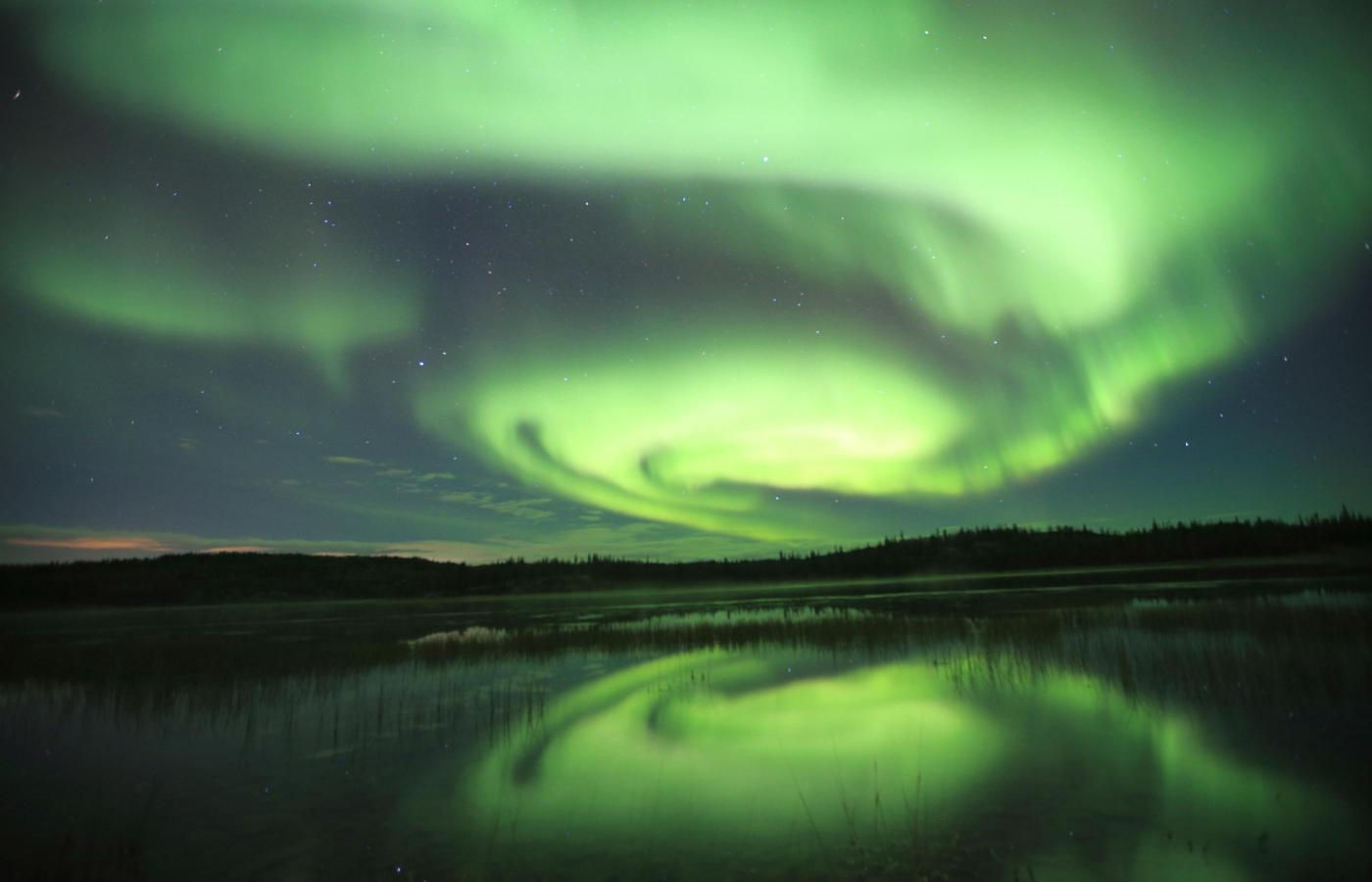 Aurora northern lights day trips