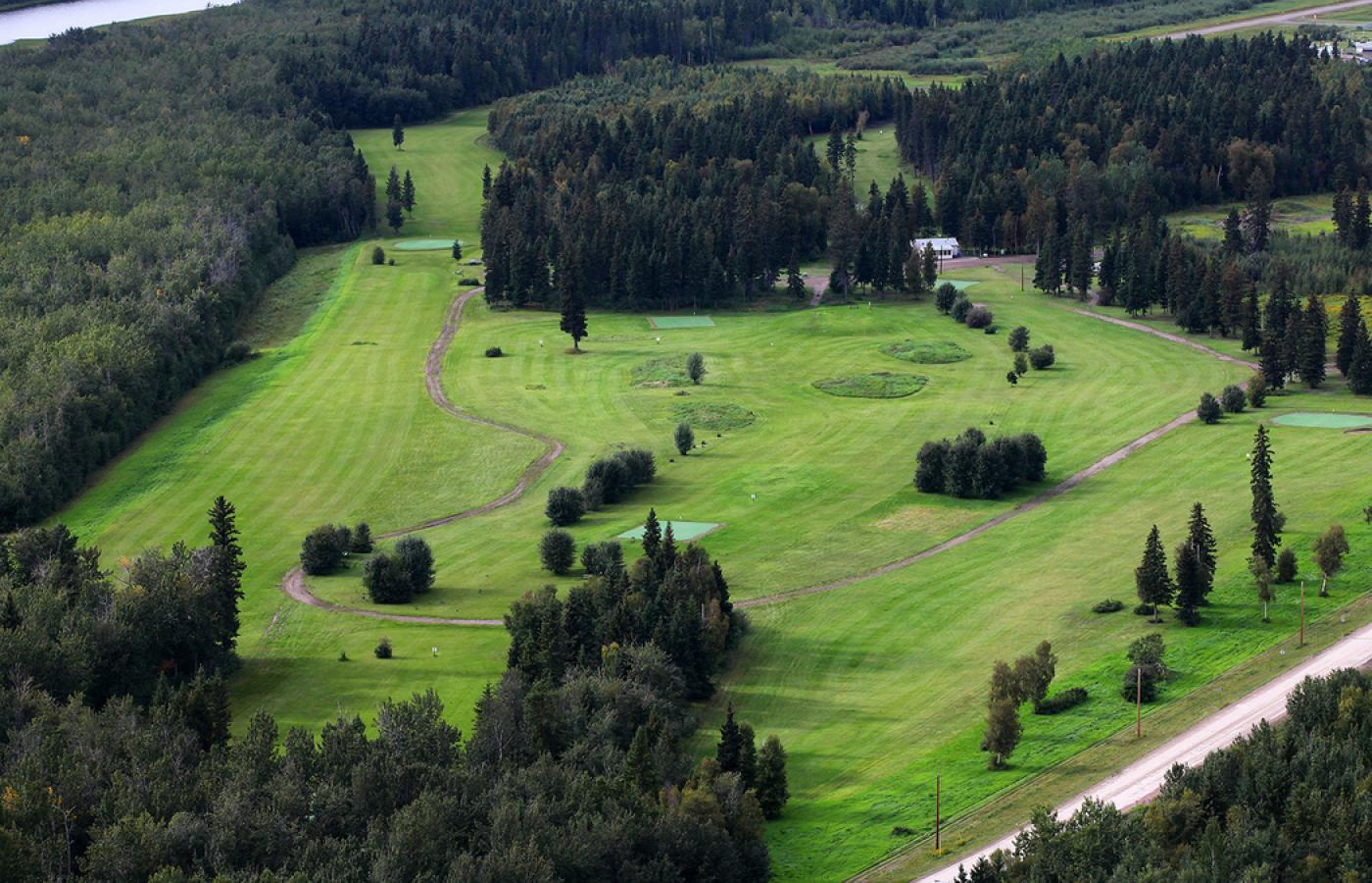 aerial view of golf course in nwt