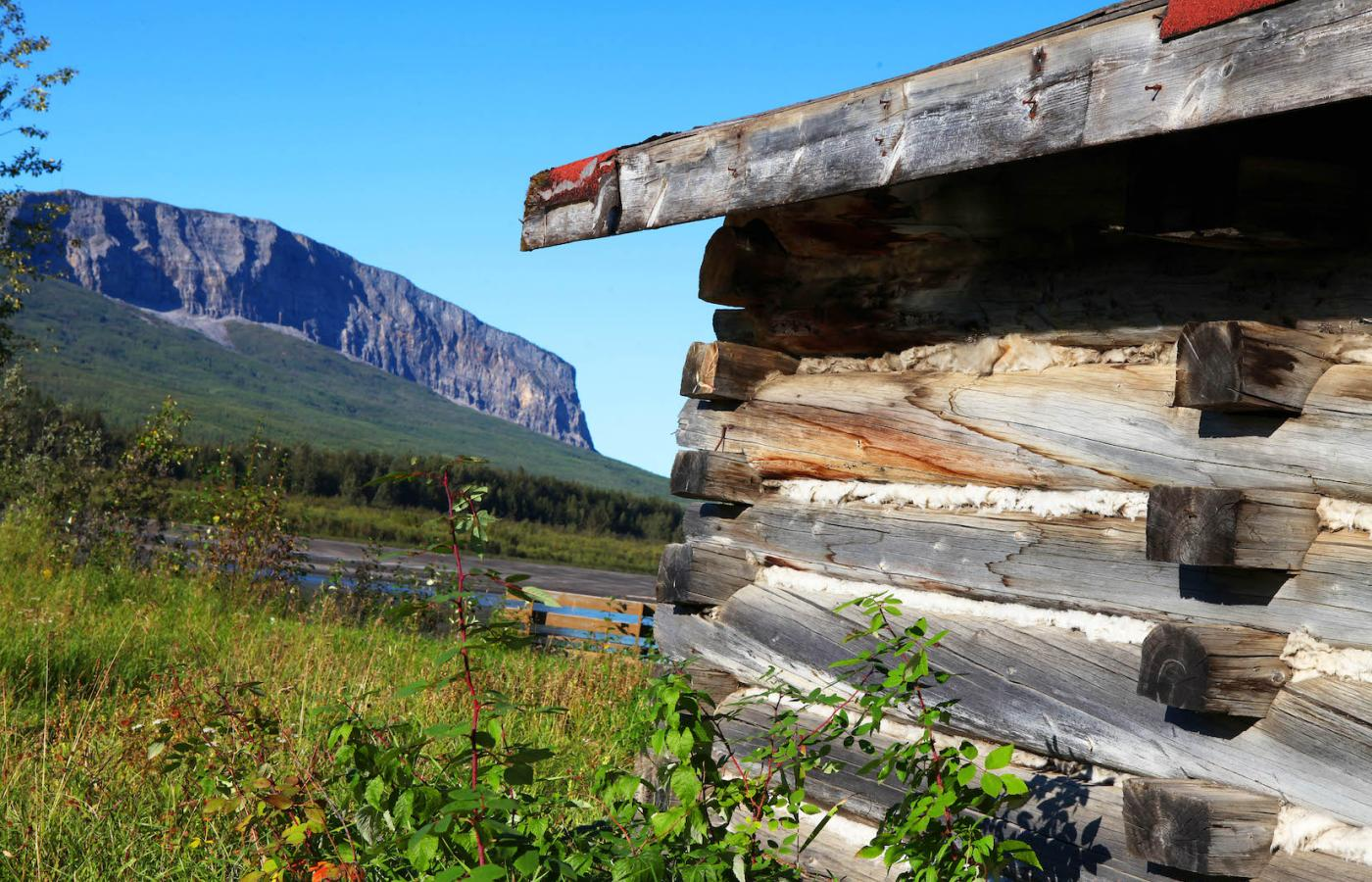 The small village of Nahanni Butte, Northwest Territories