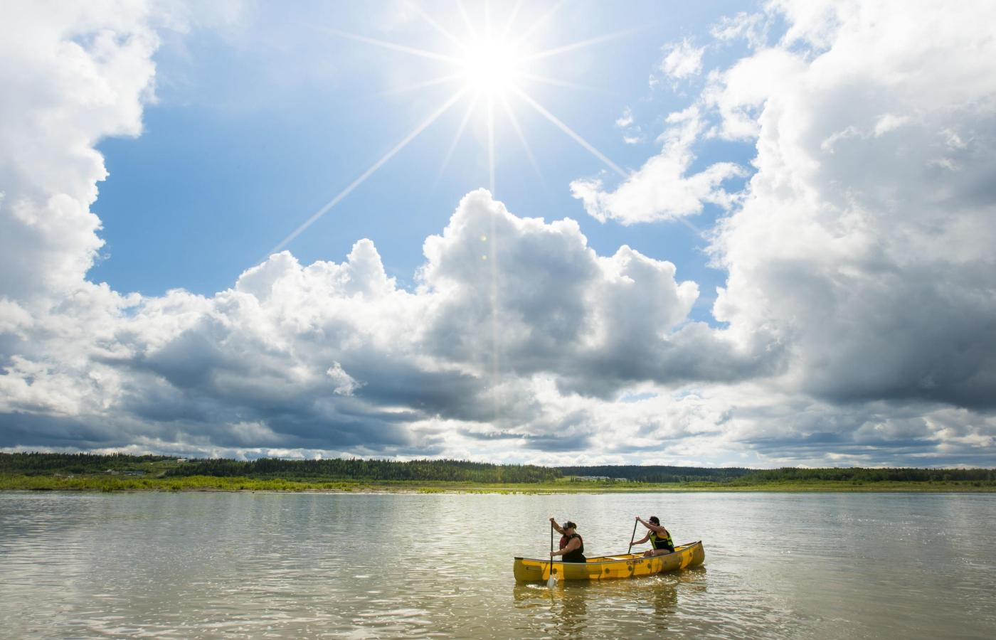 canoeing in fort simpson on mackenzie river