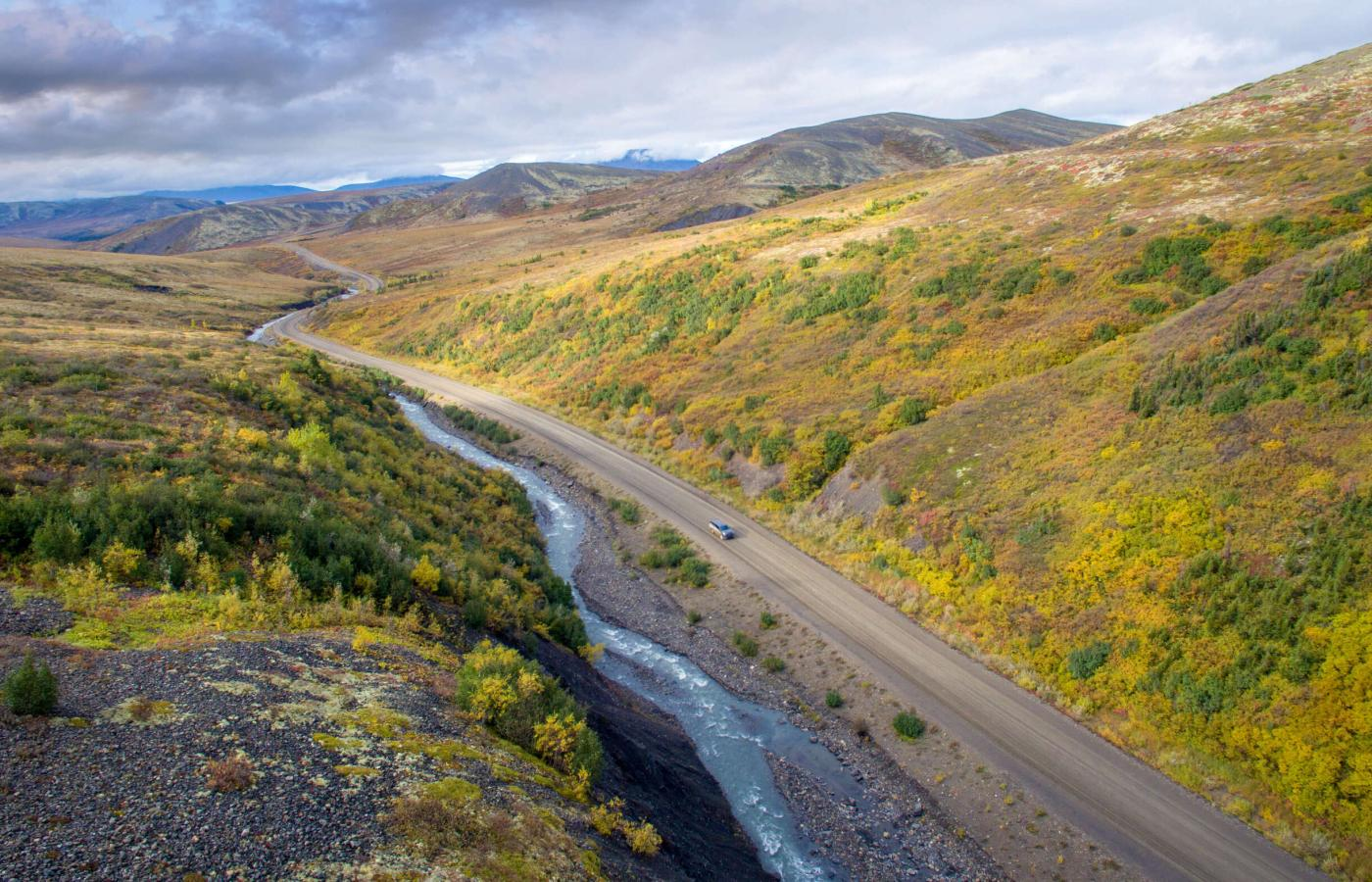 Dempster Highway driving