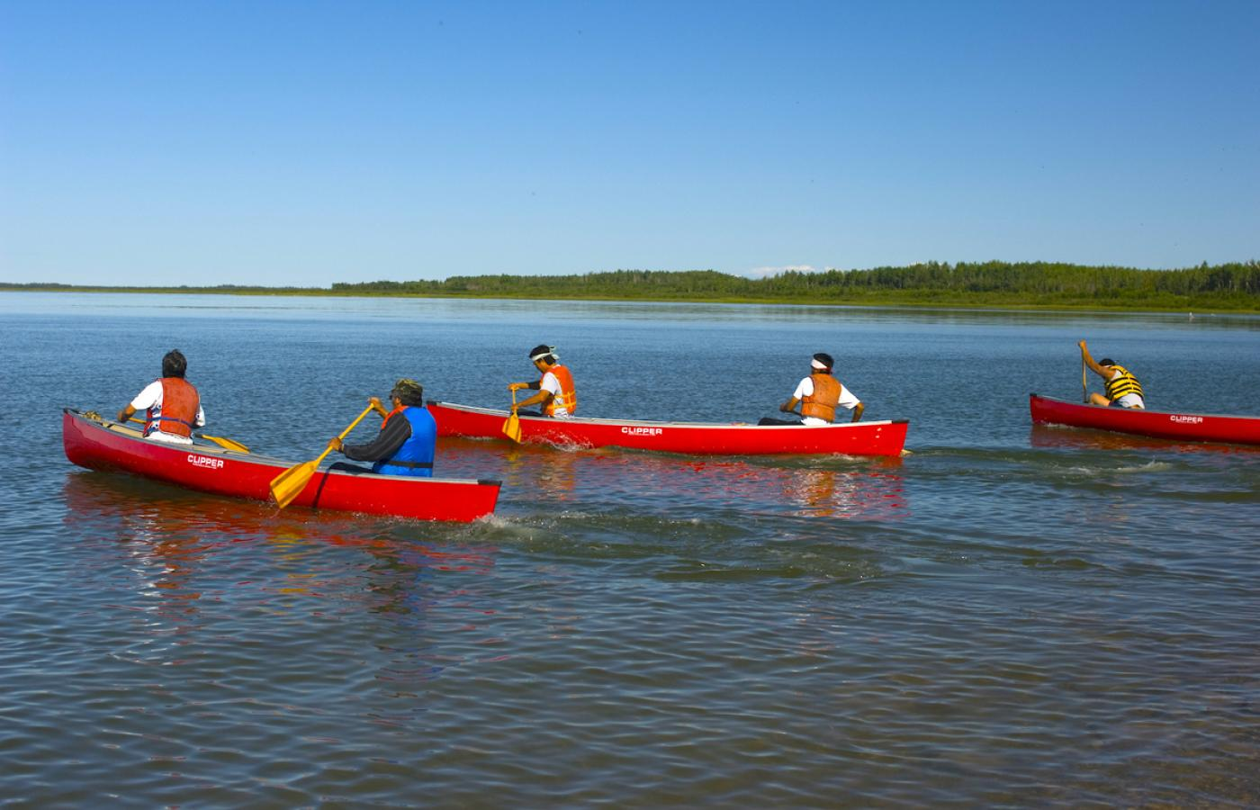 Canoeing the Mackenzie River NWT from Fort Providence