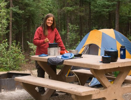 hay river chat sites Hay river territorial park there are 10 brand new campsites and a brand new shower building available at hay river territorial park this year.
